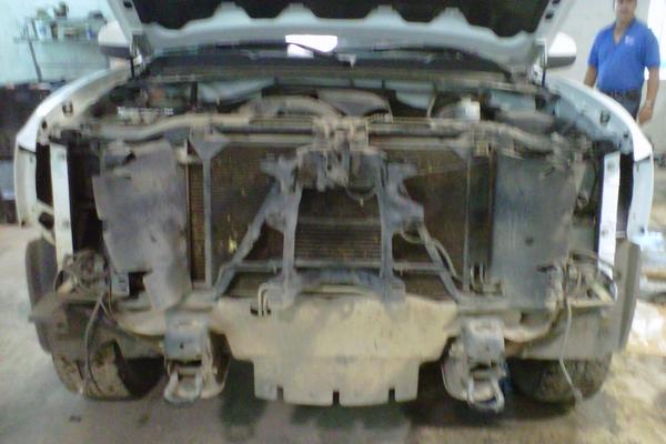 front end collision of white chevy silverado